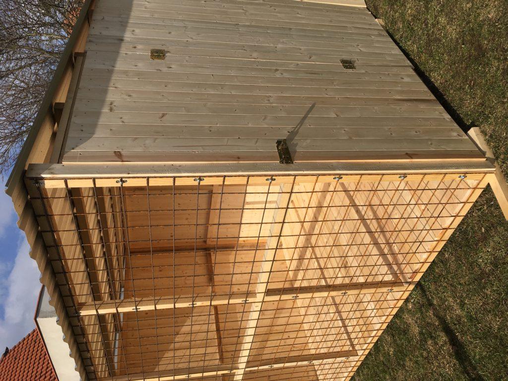dřevěný kotec pro psa